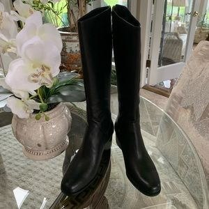 BORN AUDRIANA BLACK LEATHER KNEE HIGH BOOTS!🖤